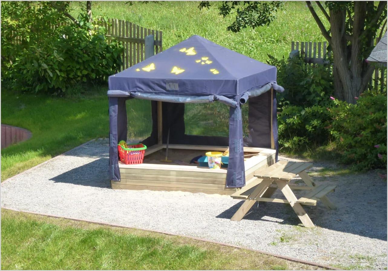 sandkasten mit sonnenschutz ferienwohnungen wei flog. Black Bedroom Furniture Sets. Home Design Ideas